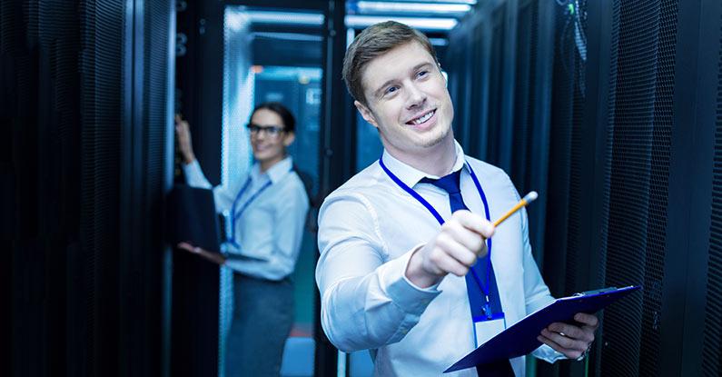 Hersteller oder IT-Support-Firma: Auf wen Sie bei der Server-Wartung vertrauen sollten
